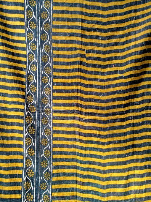 zigzag kantha quilt