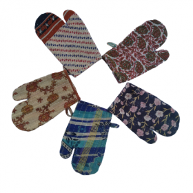 Kantha Oven Mitts Set